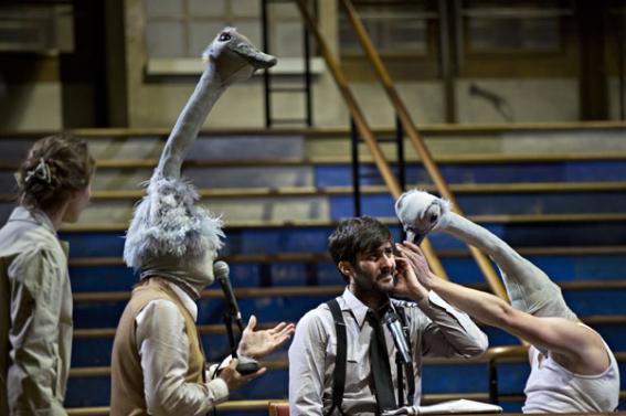 Photos tirées du site du théâtre de la Colline. © Jean-Louis Fernandez