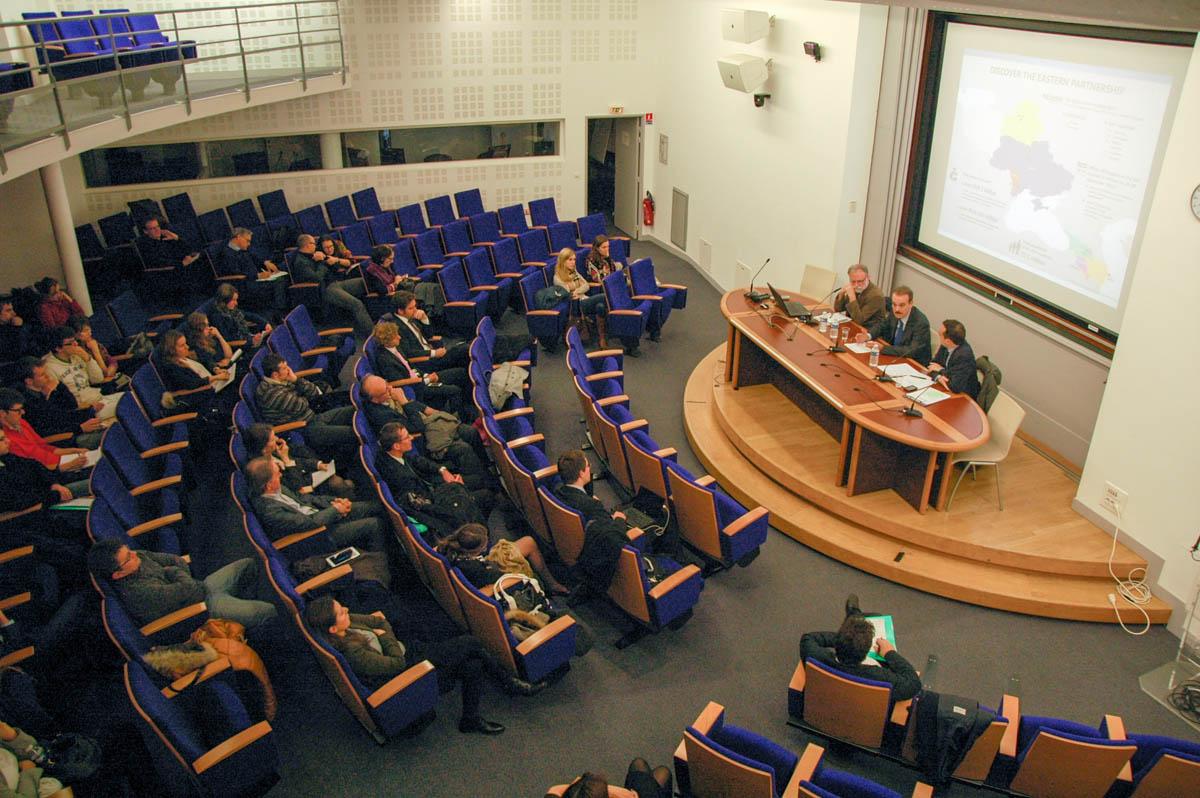 """""""Classe politique APGEF"""" – Volet 2 du cycle de conférences 2013/14: le Partenariat oriental"""