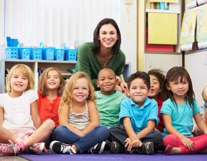 Éducation des plus jeunes générations en polonais: rejoignez notre atelier pilote dans le sud-est de Paris dédié aux enfants de 3 à 5 ans.